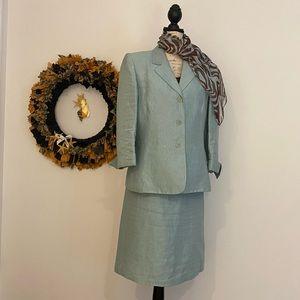 Le Suit linen suit size 16